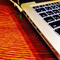 how to replace the hard drive on a macbook pro